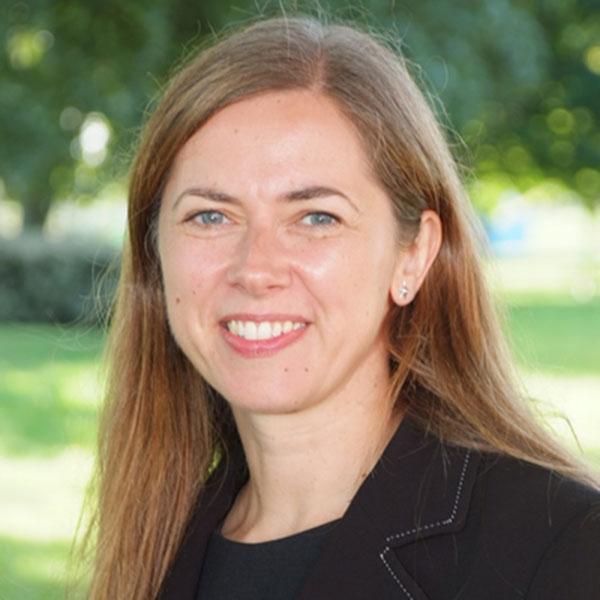 Caroline Simmonds